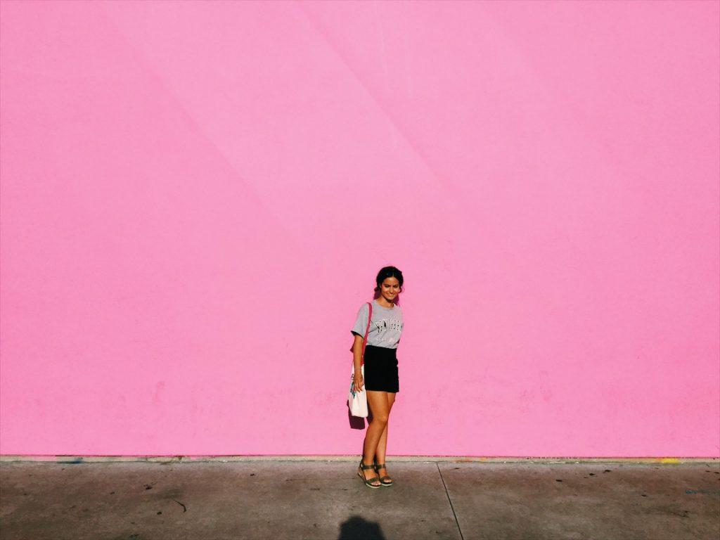 edensstories_pinkwall2